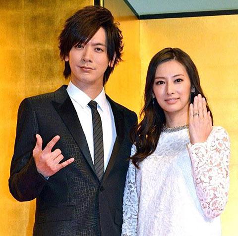 北川景子とDAIGOの結婚会見の画像